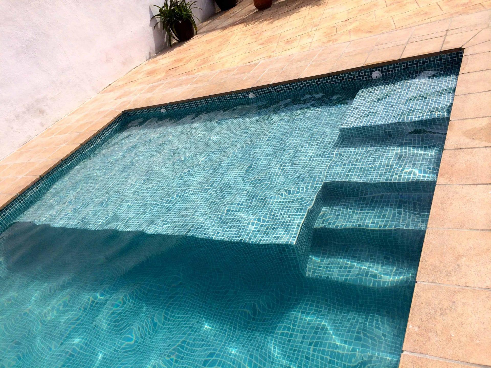 Gresite verde aguamarina antideslizante malla - Gresite piscinas precio ...
